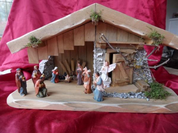 Weihnachtskrippe, Ida mit Figuren