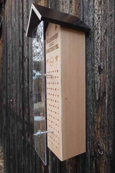 Wildbienen und Insektenhaus-mit Schutz vor Vögel